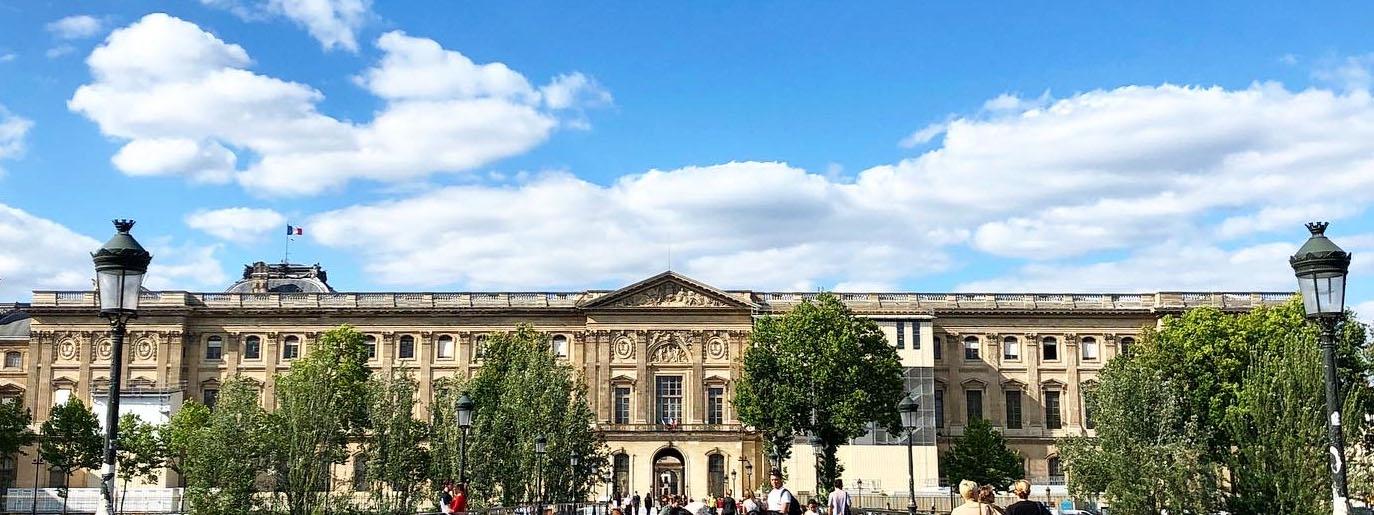 「コロナ禍で閉鎖のルーブル美術館が7月6日より再開。」のアイキャッチ画像